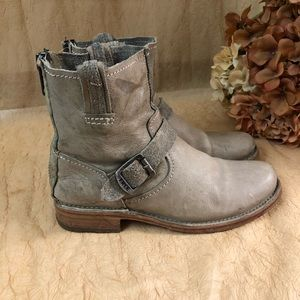 FRYE smoke oiled color leather short boot SZ 8